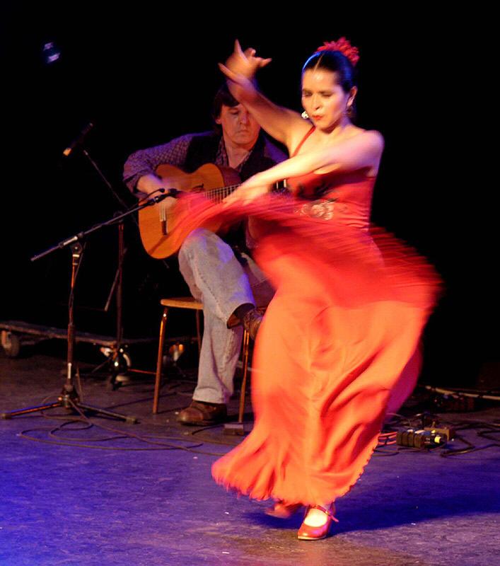 Flamenco flamenco muziek spaanse muziek spaanse danseressen flamingodanseressen spaanse - Foto van de show ...